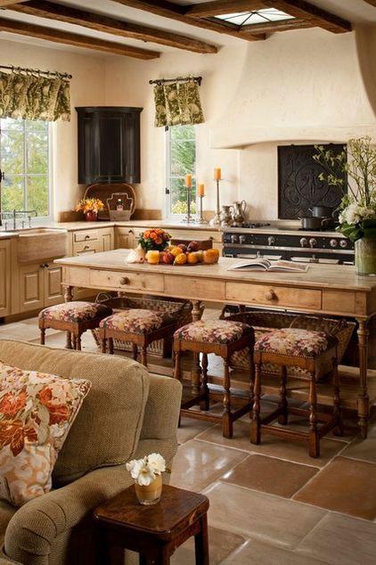 Оформление маленькой кухни в деревенском стиле