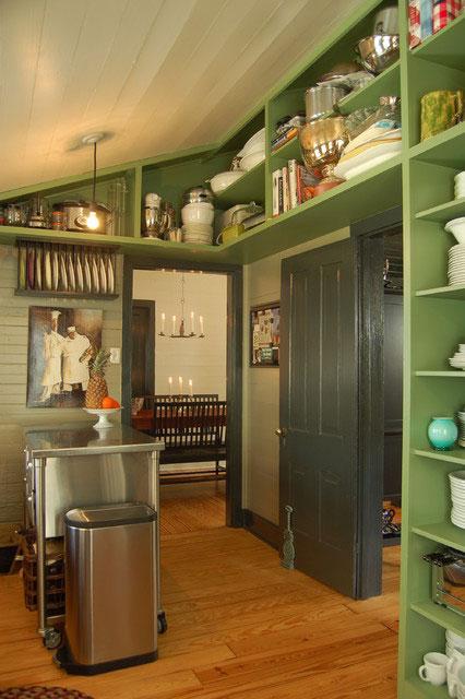 Фото кухни в зеленых тонах