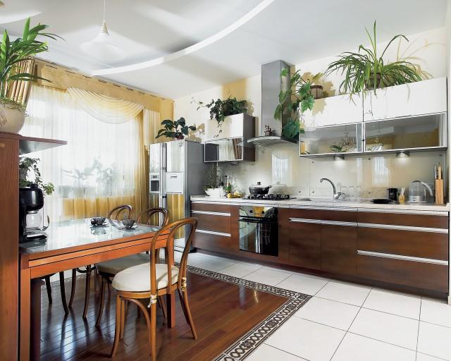 занавески для кухни с балконом
