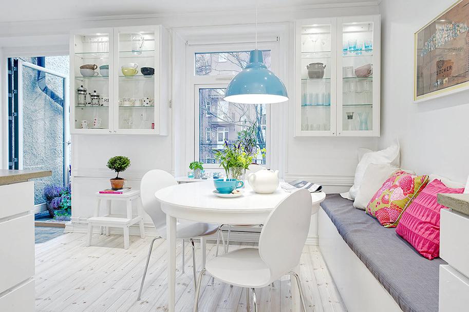 Кухня с круглым столом дизайн с фото