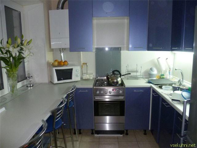 как обставить маленькую кухню фото