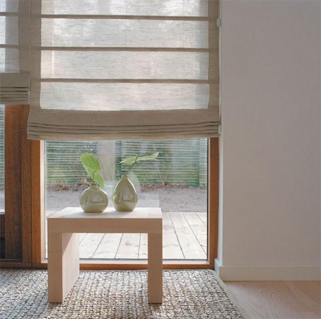 римские шторы в интерьере кухни фото