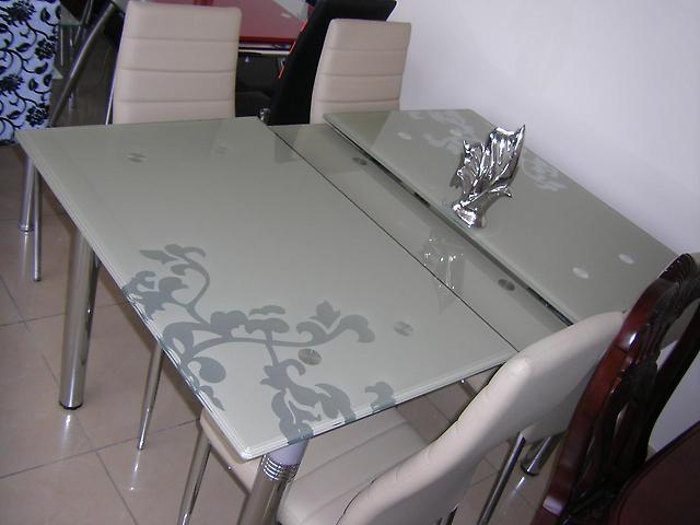 стеклянные столы трансформеры для кухни