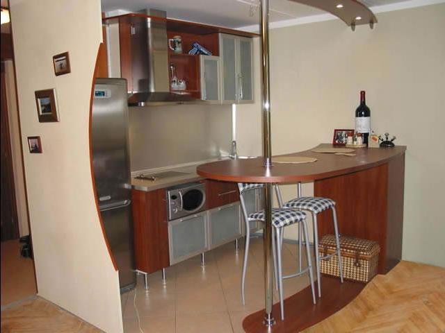 кухни эконом класса угловые с барной стойкой