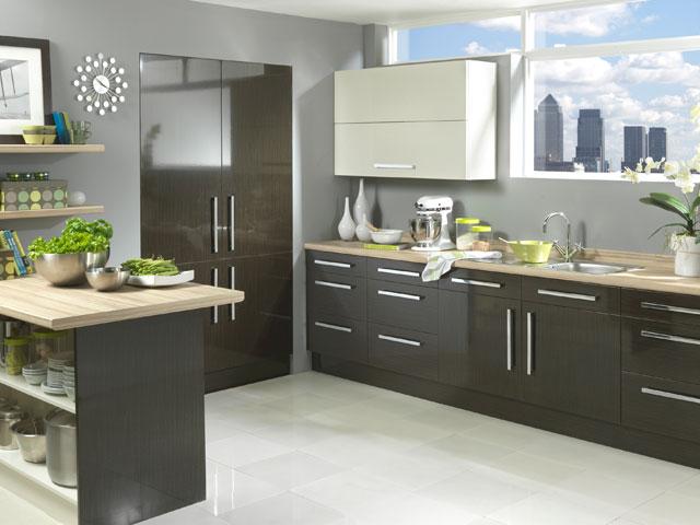 черно серая кухня