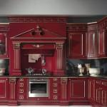 бордовая кухня с черной столешницей в классическом стиле