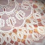 Вышивка скатерти в технике Ришелье