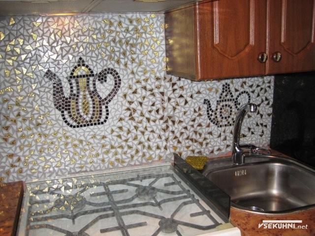 Фото: кафельная плитка-мозаика для кухни
