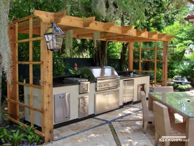 Интерьер кухни на даче - фото