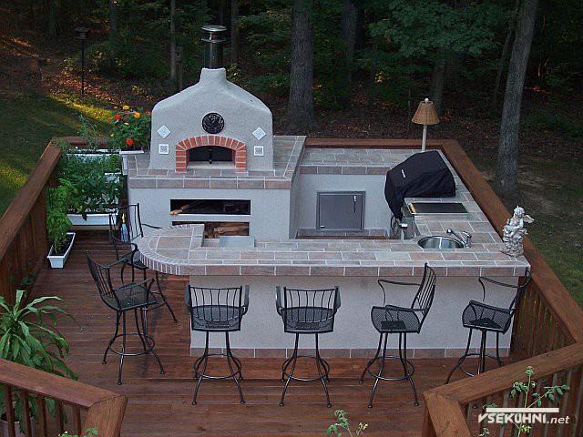 Фото: мебель для кухни на даче