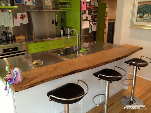 Комбинированный вариант барной стойки с кухонным столом