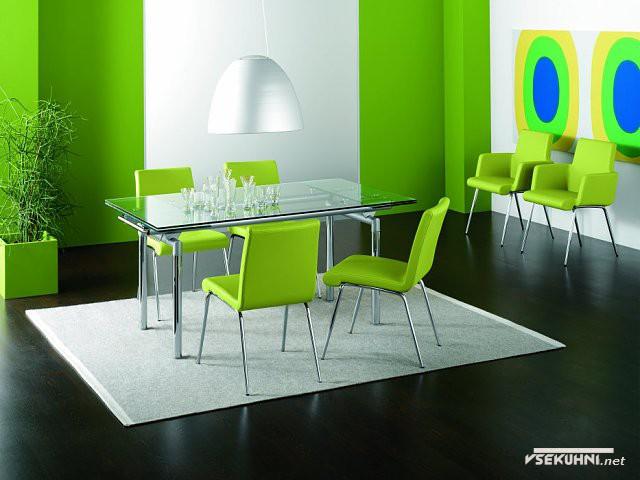 Стеклянный стол-трансформер для кухни