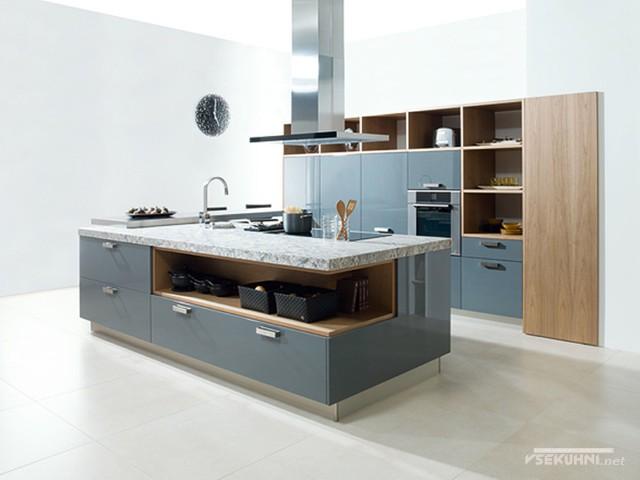 Мебельные фасады для кухни из натурального дерева
