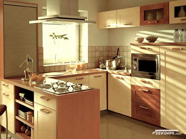 Пенал для кухни среднего размера