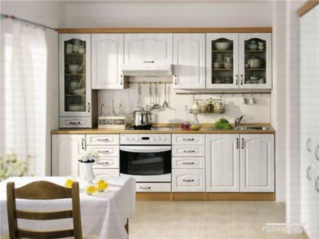 Модульная мебель для кухни столплит белого цвета