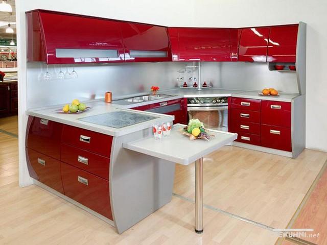 Модульная мебель для кухни красного цвета