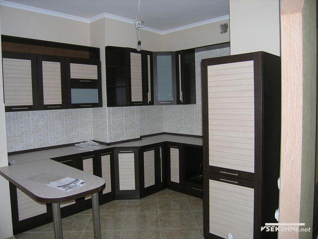 Мебель для кухни угловая с барной стойкой