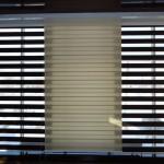 жалюзи день-ночь - возможность регулирования уровня освещенности помещения