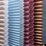 Жалюзи-плиссе на пластиковые окна - фото