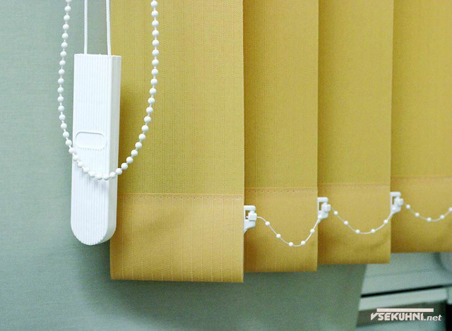 Тканыевые жалюзи для пластиковых окон - фото