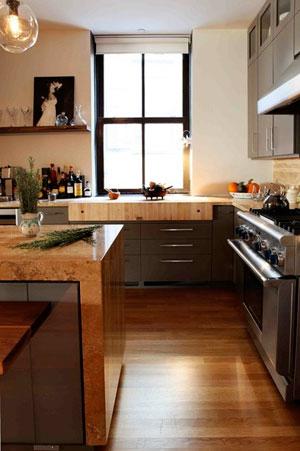 Столешница из натурального дерева для кухни
