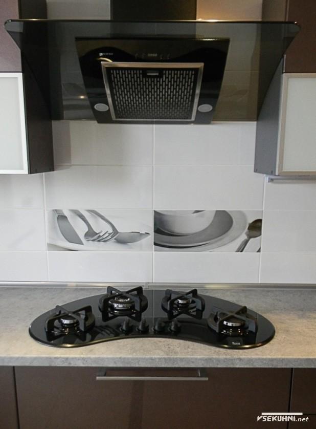 Оформление угловой кухни 23 кв м - фото