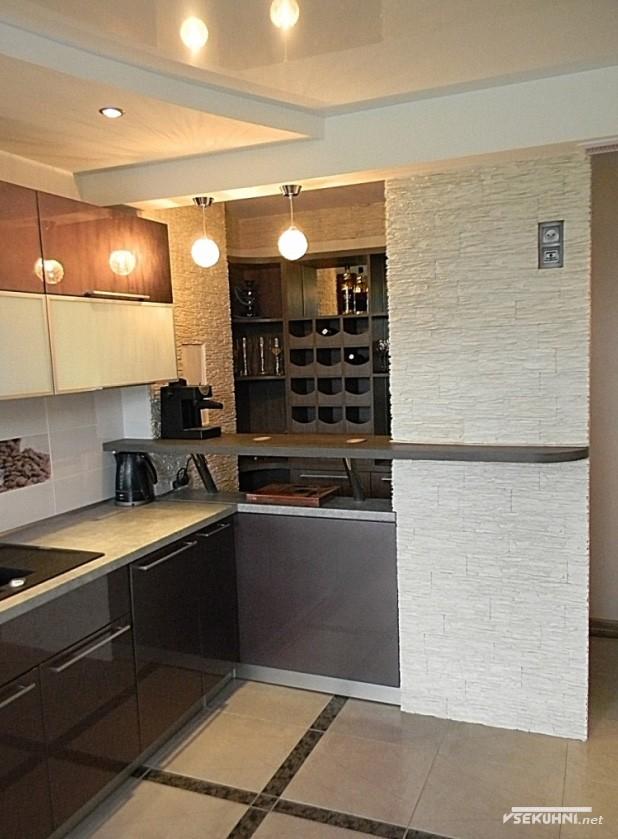Угловая кухня площадью 23 кв м - фото